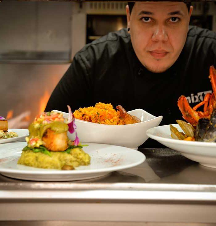 Mixtos-Head-Chef